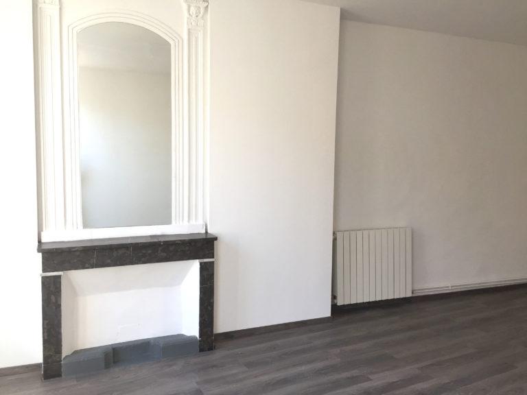 Peinture d'un appartement de style haussmannien
